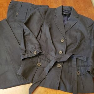 Banana Republic Navy Belted Suit 0/00